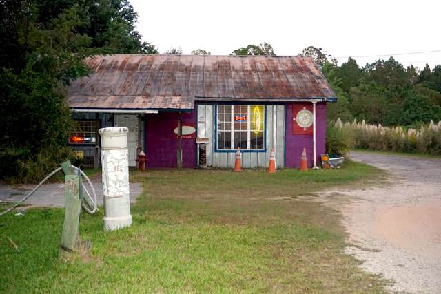 4848 Ward Basin Road, Milton, FL 32583 (MLS #833968) :: ResortQuest Real Estate