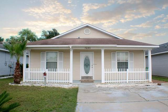 7695 Chablis Circle, Navarre, FL 32566 (MLS #839969) :: Berkshire Hathaway HomeServices PenFed Realty