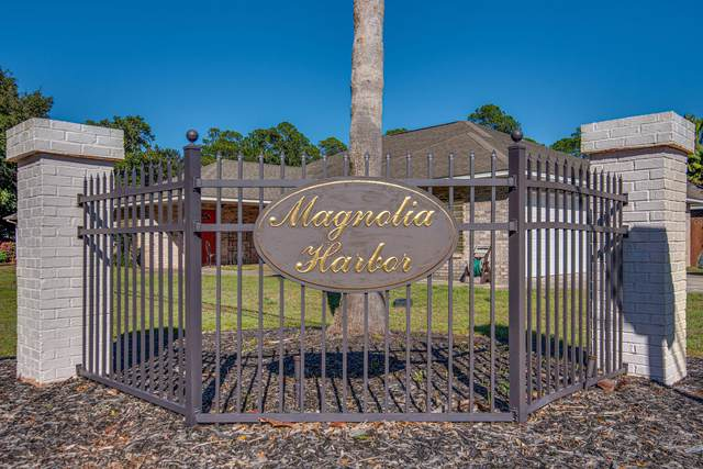 1747 Magnolia Harbor Drive, Navarre, FL 32566 (MLS #840022) :: ResortQuest Real Estate