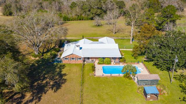 144 Cole Lane, Defuniak Springs, FL 32433 (MLS #840400) :: Counts Real Estate on 30A
