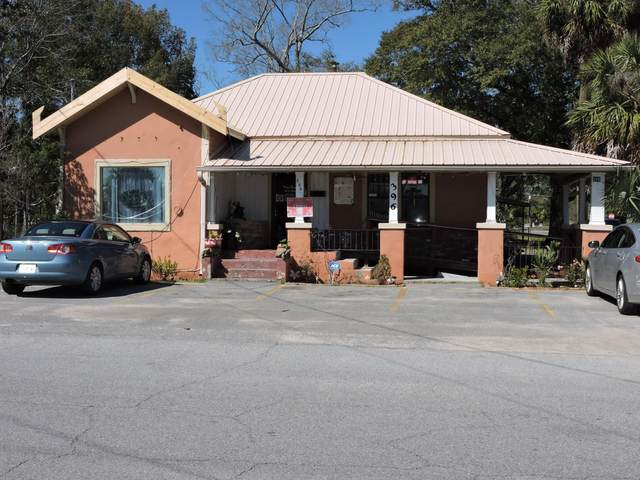 396 E Cedar Avenue, Crestview, FL 32536 (MLS #840568) :: Classic Luxury Real Estate, LLC
