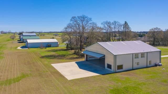 1447 Sky Ranch Lane, Baker, FL 32531 (MLS #841082) :: Scenic Sotheby's International Realty