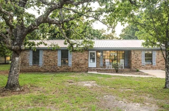 6086 Robin Road, Crestview, FL 32539 (MLS #841122) :: Scenic Sotheby's International Realty