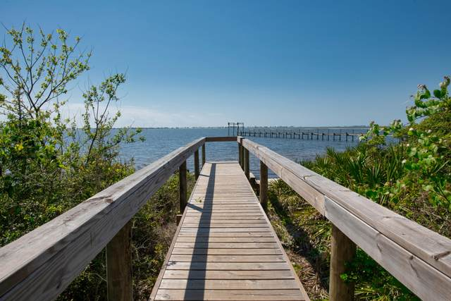1756 Ravenna Drive, Navarre, FL 32566 (MLS #843736) :: Coastal Luxury