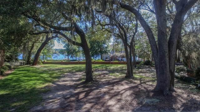 304 Boggy Bayou Court, Niceville, FL 32578 (MLS #843876) :: Berkshire Hathaway HomeServices Beach Properties of Florida
