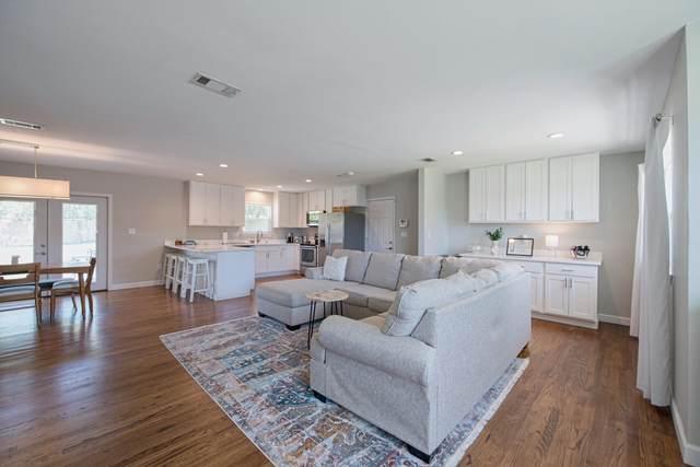 31 Maple Avenue, Shalimar, FL 32579 (MLS #844058) :: Scenic Sotheby's International Realty