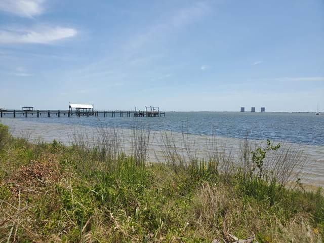 000 Bay St, Gulf Breeze, FL 32563 (MLS #846382) :: Engel & Voelkers - 30A Beaches