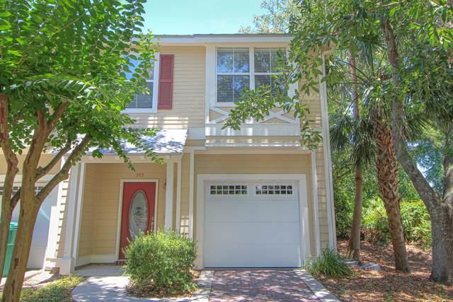 393 Twin Lakes Lane, Destin, FL 32541 (MLS #847617) :: The Beach Group