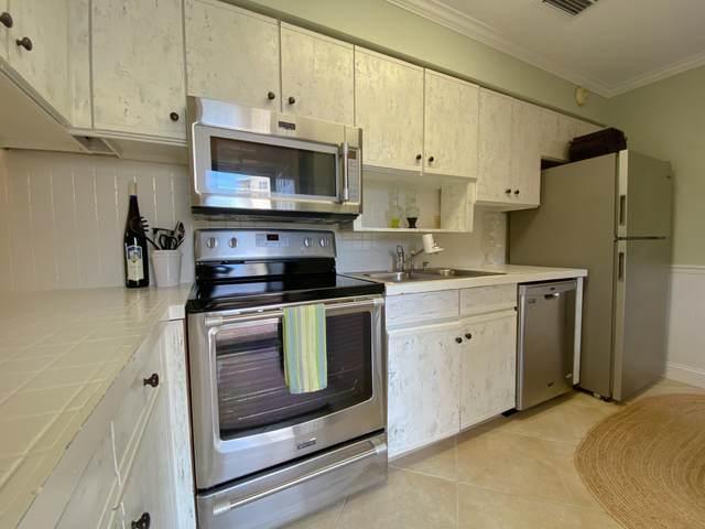 228 Amberjack Drive Unit 14, Fort Walton Beach, FL 32548 (MLS #847824) :: ResortQuest Real Estate