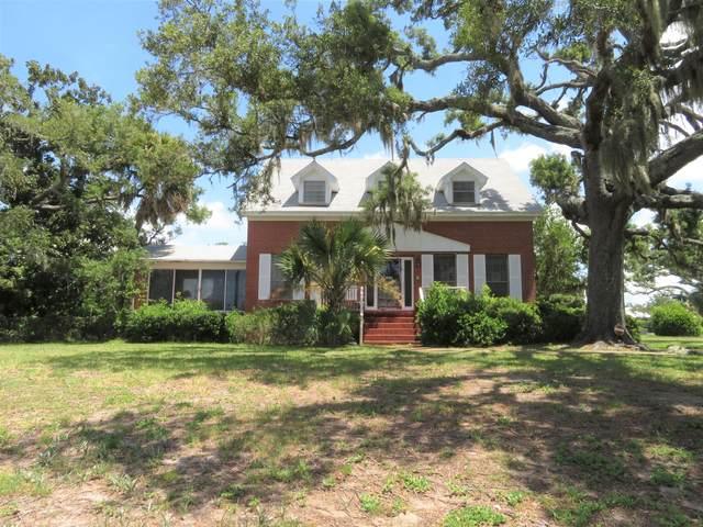 1810 W Beach Drive, Panama City, FL 32401 (MLS #849730) :: Counts Real Estate Group