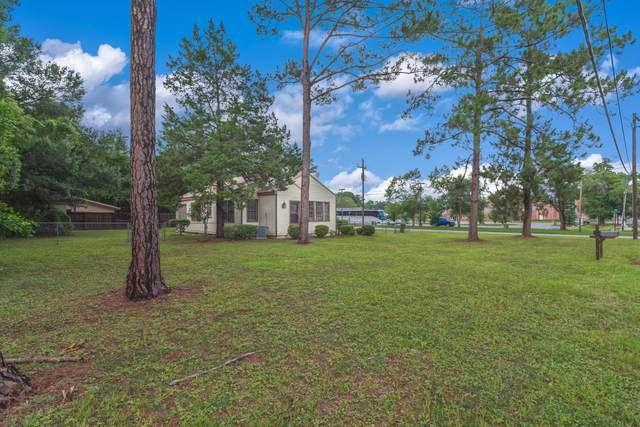 909 Mapoles Street, Crestview, FL 32536 (MLS #850264) :: Counts Real Estate Group