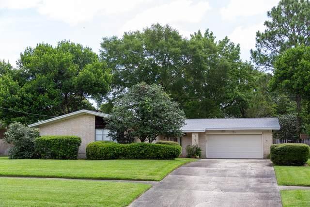 616 NE Golf Course Drive, Fort Walton Beach, FL 32547 (MLS #850368) :: Berkshire Hathaway HomeServices Beach Properties of Florida