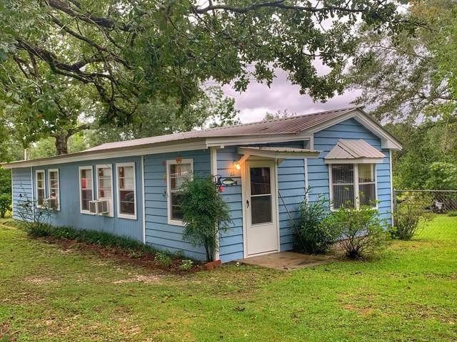 22 Landing Lane, Defuniak Springs, FL 32433 (MLS #851941) :: The Premier Property Group