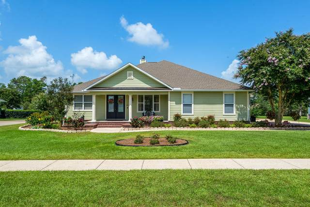 279 W Club House Drive, Freeport, FL 32439 (MLS #852257) :: Berkshire Hathaway HomeServices Beach Properties of Florida
