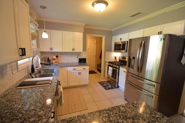 105 NE Fulmar Circle, Fort Walton Beach, FL 32548 (MLS #852436) :: Better Homes & Gardens Real Estate Emerald Coast