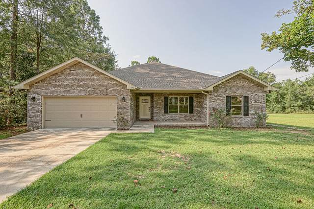 195 Ridge Drive, Crestview, FL 32536 (MLS #852962) :: Scenic Sotheby's International Realty