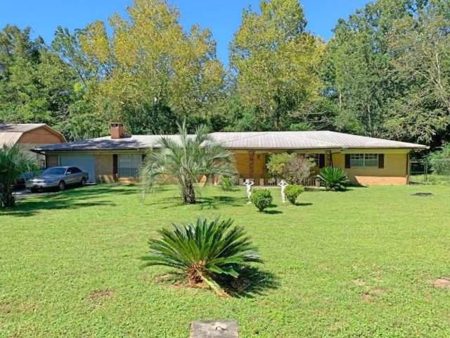 105 Wood Street, Defuniak Springs, FL 32433 (MLS #856289) :: The Ryan Group