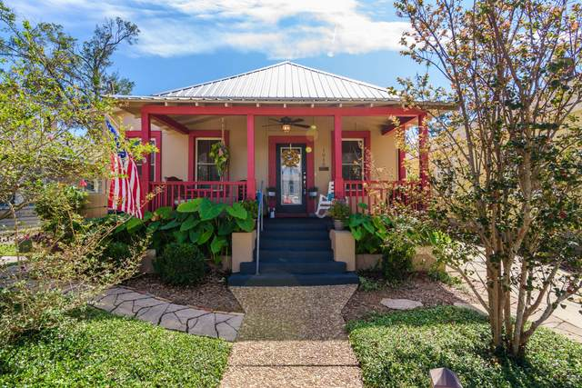 1015 E De Soto Street, Pensacola, FL 32501 (MLS #857374) :: The Beach Group