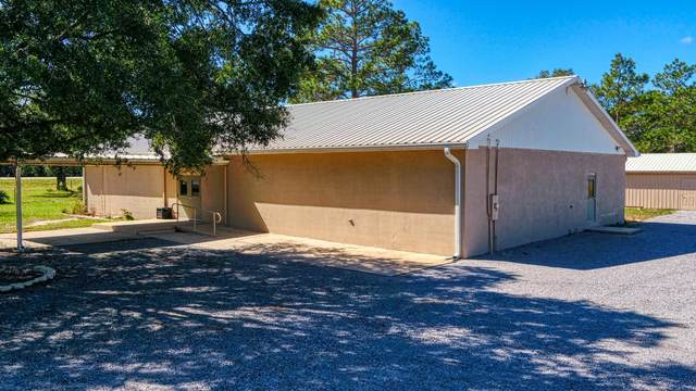 47 Dr Roberts Drive, Defuniak Springs, FL 32433 (MLS #857841) :: The Beach Group