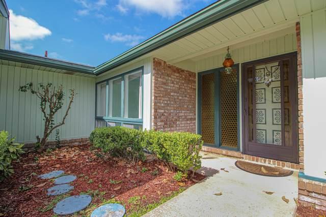 9 NE Windsor Lane, Fort Walton Beach, FL 32547 (MLS #857904) :: Engel & Voelkers - 30A Beaches