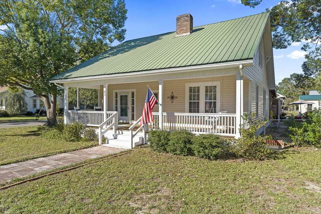 93 E Orange Avenue, Defuniak Springs, FL 32435 (MLS #859398) :: Engel & Voelkers - 30A Beaches
