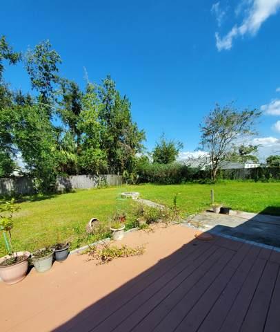 315 Missouri Avenue, Lynn Haven, FL 32444 (MLS #860291) :: Berkshire Hathaway HomeServices PenFed Realty