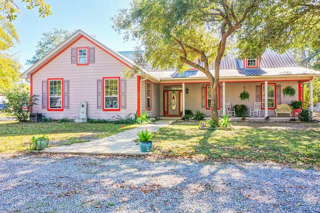 153 Sweetwater Lane, Freeport, FL 32439 (MLS #860413) :: Keller Williams Realty Emerald Coast