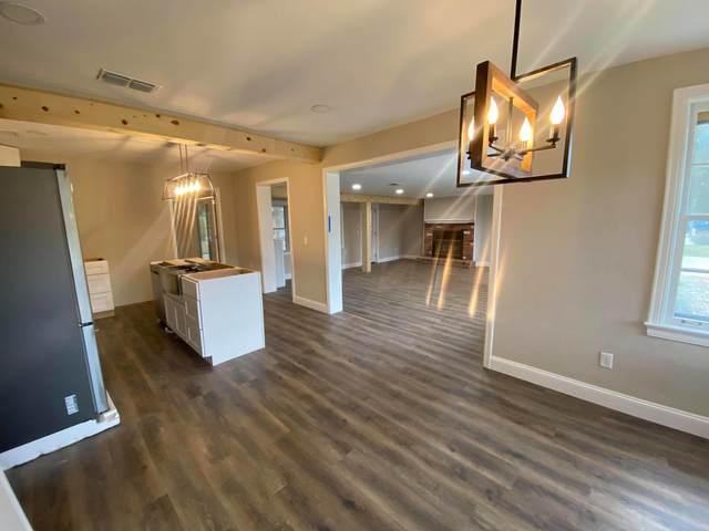 312 NE Gardener Drive, Fort Walton Beach, FL 32548 (MLS #862107) :: Beachside Luxury Realty