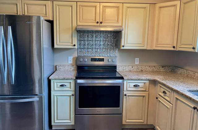 852 Ashland Court, Shalimar, FL 32579 (MLS #862362) :: Somers & Company