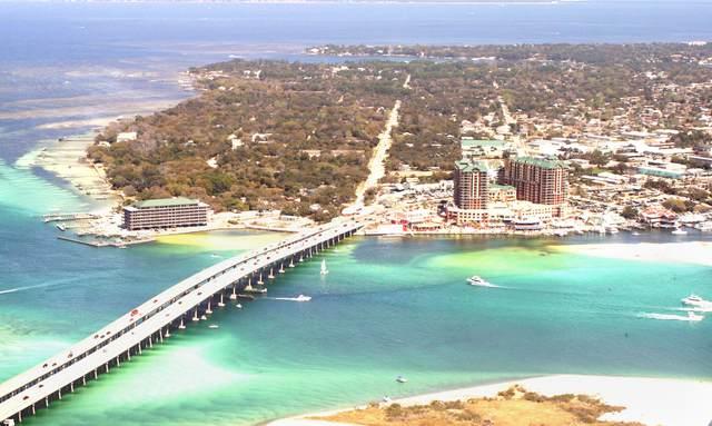 102 W Country Club Drive, Destin, FL 32541 (MLS #863286) :: The Beach Group