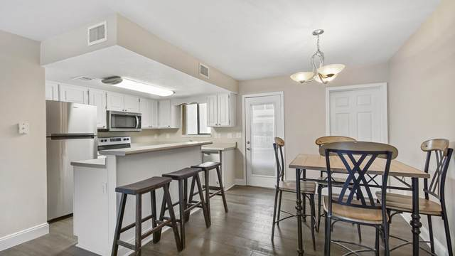 135 W Leslie Lane, Panama City Beach, FL 32407 (MLS #868451) :: Berkshire Hathaway HomeServices PenFed Realty