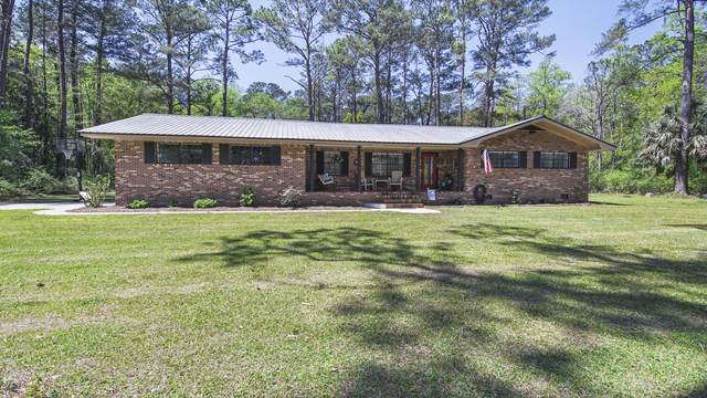 840 S 2nd Street, Defuniak Springs, FL 32435 (MLS #868719) :: The Beach Group