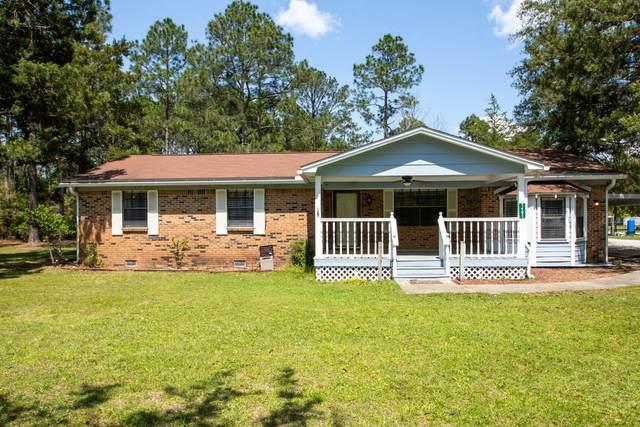 1401 Co Hwy 3280, Freeport, FL 32439 (MLS #869038) :: Classic Luxury Real Estate, LLC