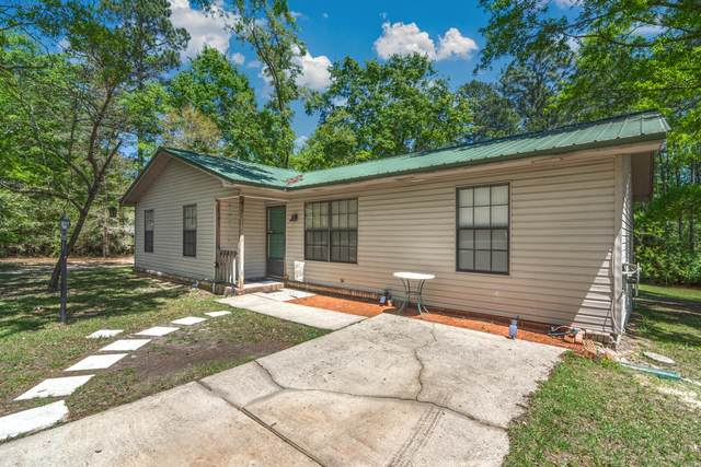 6139 Blueberry Lane, Crestview, FL 32536 (MLS #869188) :: Coastal Lifestyle Realty Group