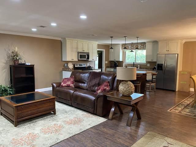 72 E Kathy Lane, Freeport, FL 32439 (MLS #870996) :: Counts Real Estate Group, Inc.