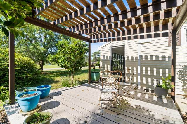 6764 Marlin Street, Navarre, FL 32566 (MLS #871248) :: NextHome Cornerstone Realty