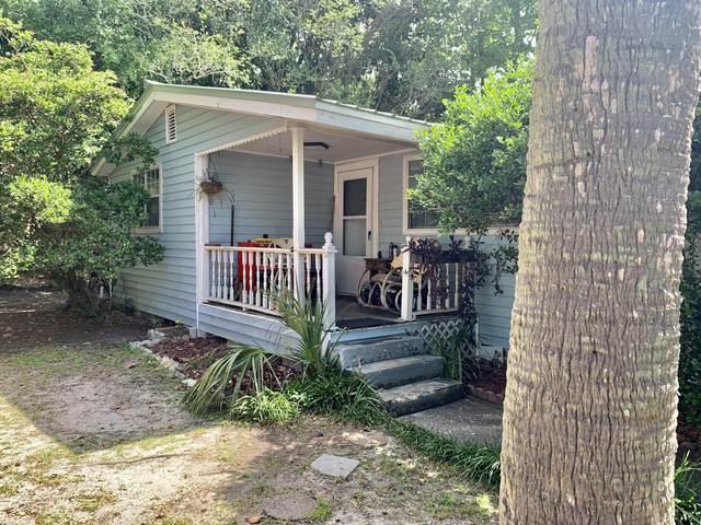 916 Linden Avenue, Niceville, FL 32578 (MLS #871938) :: The Honest Group