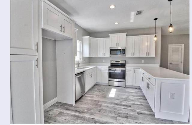 2247 N Wind Trace Road, Navarre, FL 32566 (MLS #873996) :: Classic Luxury Real Estate, LLC