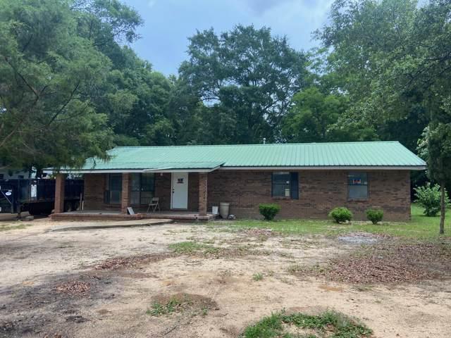 976 N Lloyd Street, Crestview, FL 32536 (MLS #874485) :: John Martin Group | Berkshire Hathaway HomeServices PenFed Realty
