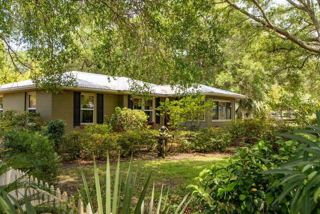 220 NE Beachview Drive, Fort Walton Beach, FL 32547 (MLS #874702) :: ENGEL & VÖLKERS
