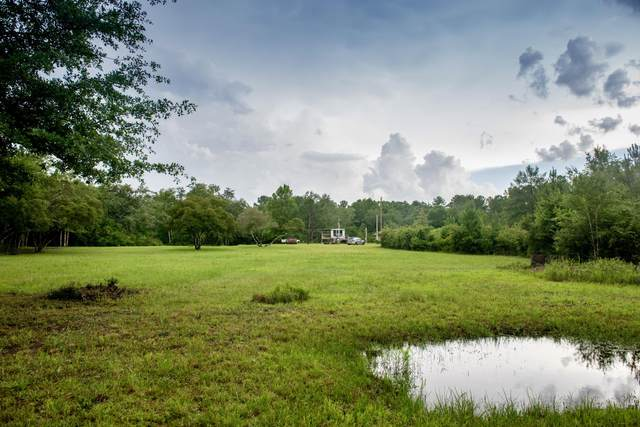 839 Plantation Lane, Defuniak Springs, FL 32433 (MLS #877222) :: Scenic Sotheby's International Realty