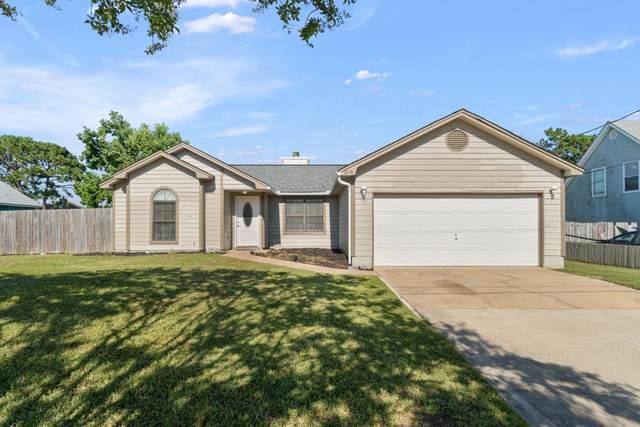 2348 Prytania Circle, Navarre, FL 32566 (MLS #877732) :: Berkshire Hathaway HomeServices PenFed Realty