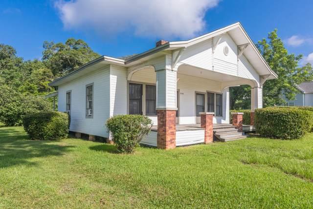 8144 4th Street, Laurel Hill, FL 32567 (MLS #877747) :: Scenic Sotheby's International Realty