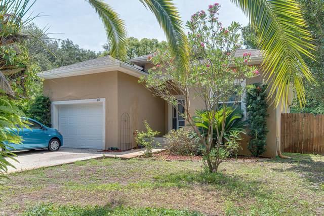 610 Second Street, Destin, FL 32541 (MLS #877901) :: The Honest Group