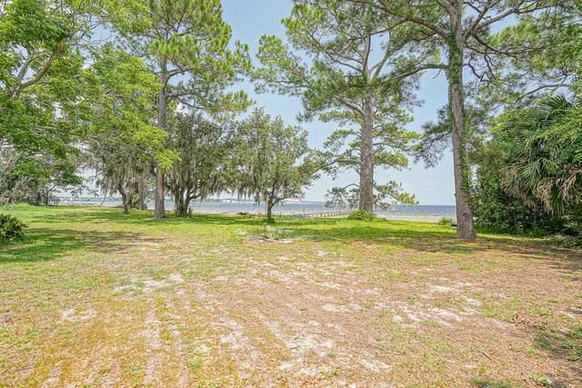 283 NE Beachview Drive, Fort Walton Beach, FL 32547 (MLS #878093) :: Somers & Company