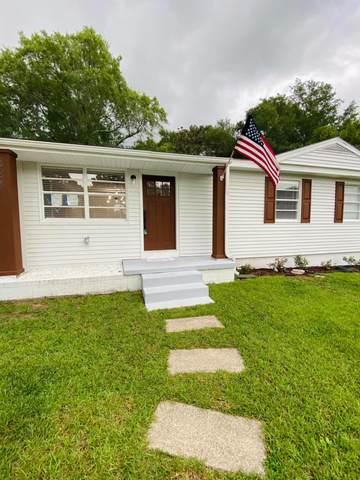 334 Chicago Avenue, Valparaiso, FL 32580 (MLS #878692) :: Classic Luxury Real Estate, LLC