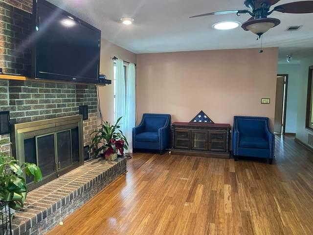 935 Pinewood Drive, Defuniak Springs, FL 32433 (MLS #880229) :: Counts Real Estate Group