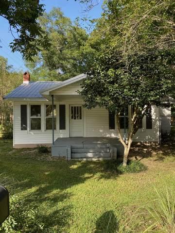 501 S Wilson Street, Crestview, FL 32536 (MLS #880489) :: The Beach Group