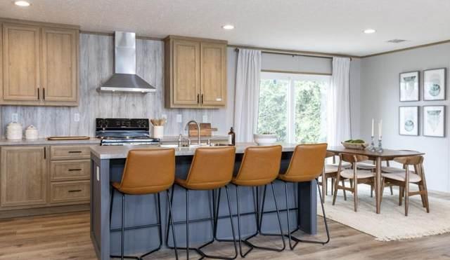 158 W Cypress Avenue, Defuniak Springs, FL 32433 (MLS #881012) :: Beachside Luxury Realty