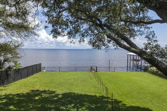 1 SE Bay Drive, Fort Walton Beach, FL 32548 (MLS #881989) :: Linda Miller Real Estate